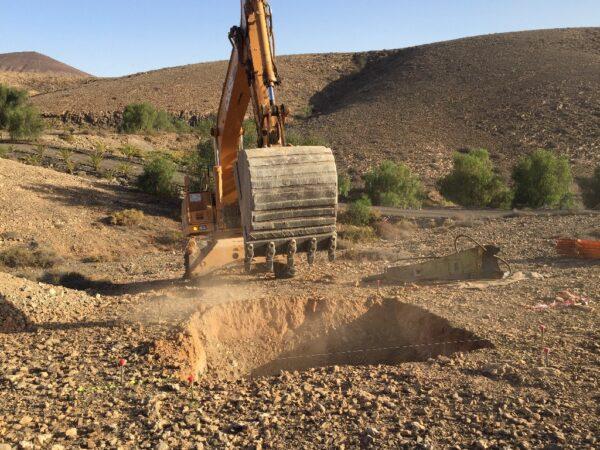Excavaciones y Mov. de Tierras y Demoliciones de obras.